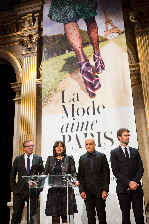 Fashion week : accueil des créateurs à l'Hotel de Ville de Paris